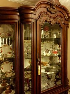 I love all the carvings in our china hutch. I'm just a traditional kinda gal. Dining Room Hutch, Dining Furniture, Luxury Furniture, Furniture Design, Crockery Cabinet, Cabinet Decor, Cabinet Design, Luxury Homes Interior, Home Interior Design