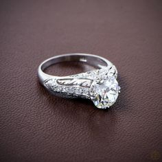 Beautiful! Vintage Old European Cut Diamond Engagement Ring. Set in Platinum.