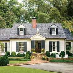 Charming Cottage Curb Appeal – Charming Home Exteriors – Southernliving. Architects Bates Corkern Studio turn a home into the neighborhood favorite by pairing timeless details with classic proportions. A new color palette, enlarged front entry, upgra Exterior Paint Colors, Exterior Design, Bungalows, Cottage Homes, Colonial Cottage, Home Fashion, Steampunk Fashion, Gothic Fashion, Fashion Outfits