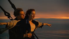 Pin for Later: Swoon Over These Original Titanic Pictures Kate Winslet and Leonardo DiCaprio in Titanic. James Cameron, Titanic Kate Winslet, Kate Winslet And Leonardo, Film Titanic, Rms Titanic, Titanic Wedding, Beau Film, Video Clip, Livres