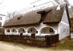 Veszprém Bakony tájház. Hungary Self Catering Cottages, Travel 2017, Heart Of Europe, Vernacular Architecture, Thatched Roof, Countries Of The World, Traditional House, Old Houses, Countryside