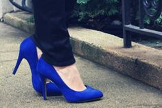 What to Wear With Blue High Heels