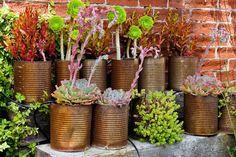 Auf rostige Gartendeko müssen Sie nicht Jahre warten - helfen Sie nach!
