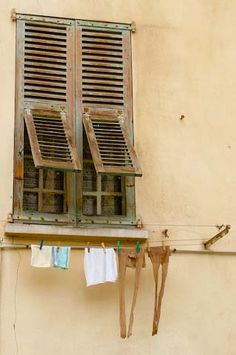 hanging laundry by tonrix, via Flickr                                    Nice, France
