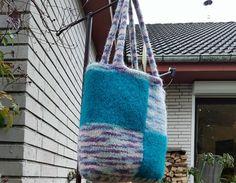 Schultertaschen - Filztasche - ein Designerstück von TanKah bei DaWanda