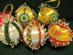 8 Vintage 70's Hand Made Beaded Christmas Ornament Balls | eBay. I want to make some of these. I remember them from my grandma's tree.