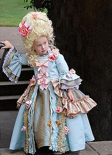 Child's Queen of France Costume