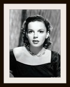 "Beautiful Judy Garland ………For more classic pictures of the 60's, 70's and 80's please visit and ""LIKE"" my Facebook page at https://www.facebook.com/pages/Roberts-World/143408802354196"