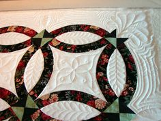 Double Wedding Ring quilt #quilt