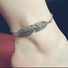 Silver plated ankle bracelet(NWT)2 left Beautiful Ankle Bracelet. Silver plated Boutique Jewelry Bracelets