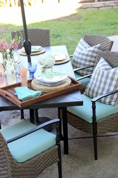 Patio makeover in one weekend! A Warm Weather Ready Patio on @littlemissmomma