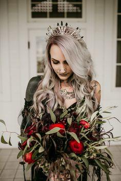 Dark and Moody Occult-Inspired Wedding in Hawaii · Rock n Roll Bride wedding inspiration Edgy Wedding, Gothic Wedding, Wedding Styles, Dream Wedding, Wedding Day, Wedding Nails, Victorian Wedding Themes, Geek Wedding, Wedding Black
