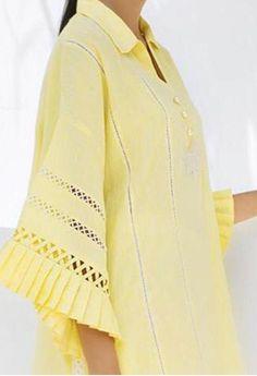 Kurta Designs Women, Kurti Neck Designs, Dress Neck Designs, Salwar Designs, Blouse Designs, Pakistani Fashion Casual, Pakistani Dresses Casual, Pakistani Dress Design, Kurti Sleeves Design