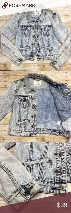 Thread & Supply Acid Wash Denim Jacket Thread & Supply Acid Wash Denim Jacket   Size Small 100% cotton  IN EXCELLENT CONDITION   Bust: 17 inches  Length: 19 3/4 inches (top of collar to bottom of back)  Sleeve Length: 23 1/2 inches thread & Supply Jackets & Coats Jean Jackets