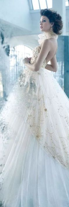 Fairy tale ethereal light/karen cox....Stunning bridal wedding gown Lazaro ✿⊱╮