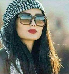 Great Women, Scarf Styles, Hair Hacks, Eye Makeup, Sunglasses Women, Beautiful Pictures, Princess, Stylish, Womens Fashion