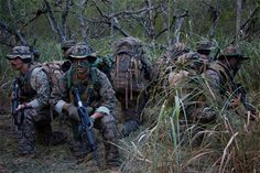 USMC Force Recon HHHMMMMM can you pick me out in this photo ?????? SEMPER FI !!!!!