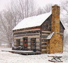 Small house design ie cabin Winter Cabin, Cozy Cabin, Cozy Winter, Snow Cabin, Winter Holidays, Cozy Cottage, Guest Cabin, Winter House, Winter Snow