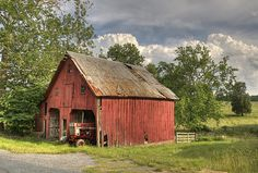 Country Barn by beforethecoffee, via Flickr