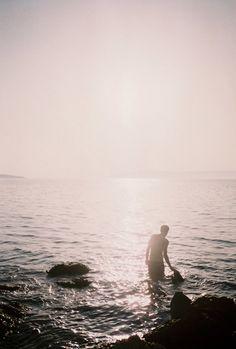 Il appelait l'océan la mar, qui est le nom que les gens lui donnent en espagnol quand ils l'aiment. (Hemingway - Le vieil homme et la mer)
