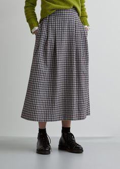 Ikat skirts, workwear skirts, linen wrap front skirts, mid length skirts and cotton skirts. Quirky Fashion, Plaid Fashion, Minimal Fashion, Fashion Outfits, Womens Fashion, Classy Outfits, Beautiful Outfits, Cool Outfits, Casual Outfits