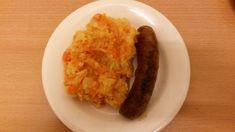 Hutspot met braadworst / Koken onder de € 5,- / recepten | Nietstekort.jouwweb.nl Week 5, Grains, Eggs, Breakfast, Food, Morning Coffee, Essen, Egg, Meals