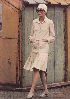 1971 Harper's & Queen Helmut Newton, Nina Ricci