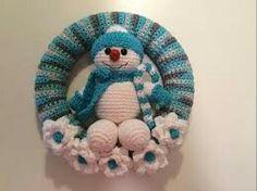 Crochet snowman wreath
