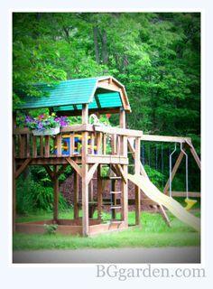 Swing Set With Flower Box easy kid friendly backyard DIY