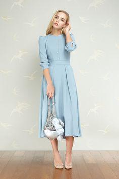 5511bc8cdaf03 Ulyana Sergeenko Demi-Couture Spring Summer 2017 Vestido Longo, Roupas  Discretas, Moda