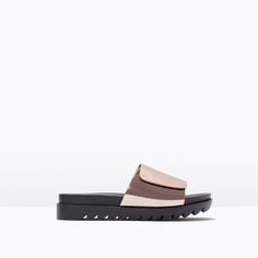 LAMINATED TRACK SOLE SANDALS