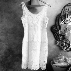 Final reduce 2xHpFlirty White Crochet Dress No offers my lowest price!!Sexy sheath with scalloped tiers and embroidered mesh at bust. Fully lined/cotton . Hidden side zip. Above the knee . Pure white.size Xs 2-4 Boston Proper Dresses
