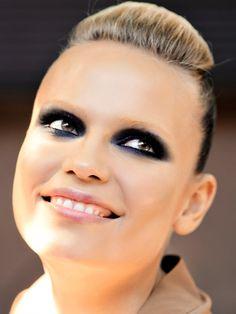 Le sourcil dans tous ses états Sourcils Décolorés, Tendances Beauté, Tendances  Maquillage, Hiver 6050195d9637