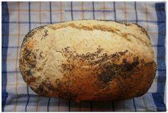 Kochanie przez gotowanie: Superpuszysty chleb z automatu /World Bread Day 2011