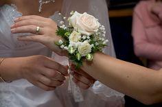Modern Bouquet Wedding Flowers | Hand Tied Wedding Bouquets | Wedding Flowers