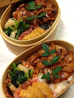 ■鶏肉蒲焼丼、小松菜と海老の煮浸し、卵焼き #wmjp #obento #obentoart