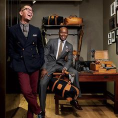 Meet the owners of Armstrong Wilson! The men's fashion brand created by Ontario Armstrong & Clifton Wilson in 2009. Check out their ties, pocket squares, bow ties and retailers on their website.