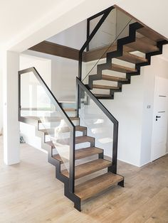 Steel Stairs Design, Home Stairs Design, Foyer Design, Interior Stairs, Bedroom Closet Design, Loft, Modern Stairs, Floating Stairs, House Front Design