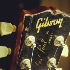 John loved the Gibson Les Paul  guitar .