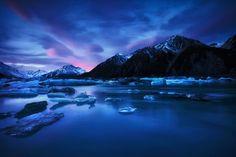 Hooked On Ice. by Darren J Bennett