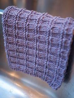 Carcass in the right and rib stitch Dishcloth Knitting Patterns, Knit Dishcloth, Free Knitting, Crochet Patterns, Crochet Home, Knit Crochet, Big Knit Blanket, Big Knits, Knit Pillow
