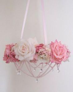 adorno rosas y perlas