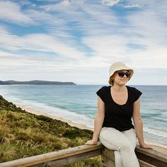 Spectacular scenery on Bruny Island, Tasmania. Click through to get itineraries for an epic Tasmanian road trip by A Globe Well Travelled!