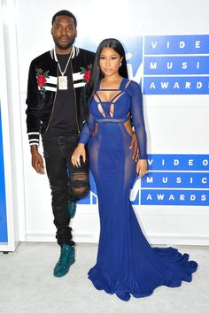 Nicki Minaj (R) and Meek Mill (L) attend the 2016 MTV Video Music Awards on August 2016 at Madison Square Garden in New York. Nicki Minaj Body, Nicki Minaj Rap, Nicki Minja, Meek Mill And Nicki, Nicki Minaj Meek Mill, Celebrity Babies, Celebrity Couples, Celebrity Style, Black Couples