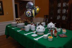 buffet tabl, footbal parti, football parties, footballsuperbowl food, parti idea, diaper parti, bowls, parti buffet, superbowl parti