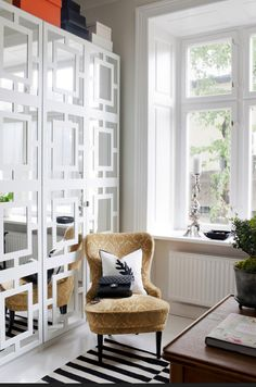 Ikea Pax wardrobe has been re-designed by a new white graphic cover design from Myoverlays, looks lovely! Scandinavian Interior Design, Decor Interior Design, Interior Decorating, Scandinavian Style, Swedish Style, Nordic Design, Wardrobe Doors, Closet Doors, Ikea Wardrobe