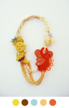 great necklace idea, and a perfect color combo!