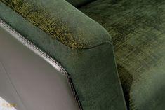 #kler #meblekler #klermeble #klerdesign #designkler #excellence #klerexcellence #wnętrza #Gondoliere #green #zieleń #zielonyakcent #złoto #gold #new  #sofa #salon #projektowanie #design #meble #dom #komfort #jakość #quality #wypoczynek #styl  #style #modern #relaks #relax #furniture #furnituredesign #interior #interiordesign #home  #dom #dodatki #dekoracje #homedecor #stolik #stolikkawowy #coffeetable Relax, Dom, Green, Pants, Design, Fashion, Living Room, Trouser Pants, Moda