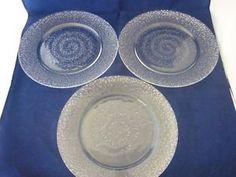 Afbeeldingsresultaat voor iittala glass plate wirkkala Plates, Tableware, Design, Licence Plates, Dishes, Dinnerware, Griddles, Tablewares