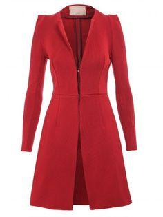 Um bom casaco de inverno é essencial para compor looks bonitos nos dias mais frios. Confira nossa seleção opções lindas. | Foto: Casaco Lolitta
